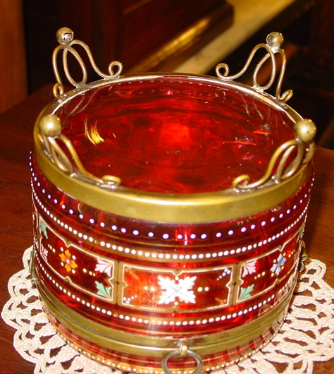 Large Exceptional Bohemian art glass dresser box